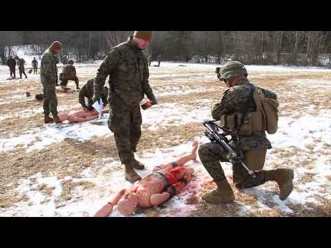 Marines Conduct First Aid Practical Application