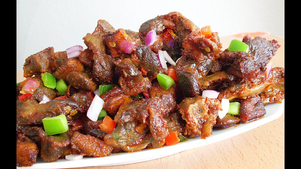 Dodo Gizzard Gizdodo Recipe Nigerian Stewed Gizzard Amp Plantain Youtube