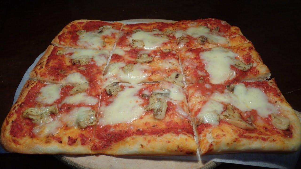 Ricetta Pasta X Pizza Fatta In Casa.La Pizza Fatta In Casa Leggera Con Poco Lievito Ricetta Perfetta Youtube