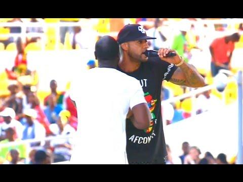 CAN 2017: Booba et Akon sur scene lors de la ceremonie d'ouverture  (HD)