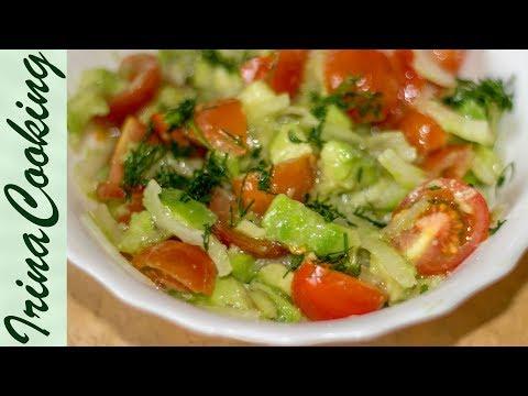 Салат из кальмаров очень вкусный!