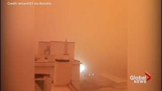 Dust cloud turns town in Turkey into apocalyptic scene