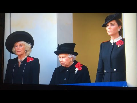 British Royal Family ALL MOMENTS - Remembrance Sunday Service At Cenotaph 2018