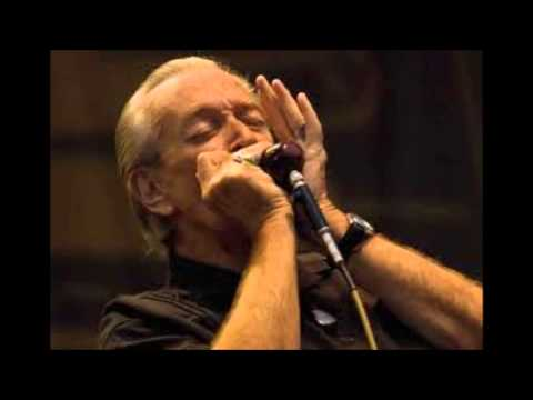 Charlie Musselwhite - Key To The Highway