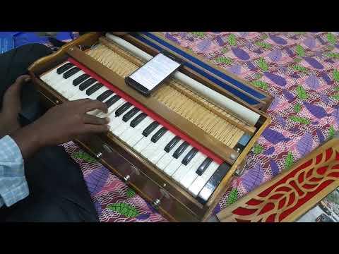 3 Nee Paartha Vizhigal The Touch Of Love On Harmonium