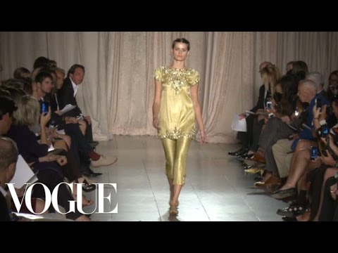 Marchesa Ready to Wear Spring 2013 Vogue Fashion Week Runway Show