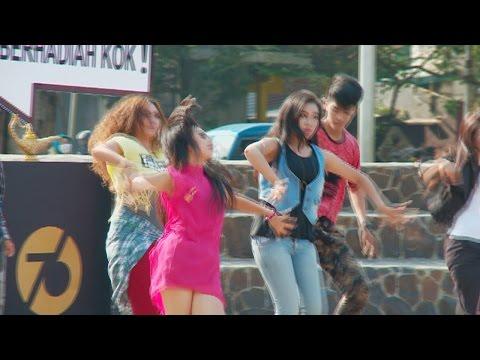 Yang Penting Heppiii bersama GlobalTV Lucky 13 - Malang (21/9)