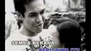 Repeat youtube video Diselubung Rindu