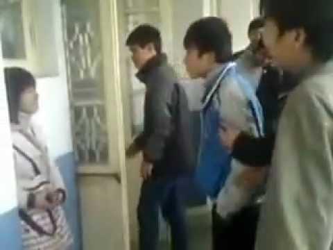 Girl làm rối loạn Đại học Xây Dựng Hà Nội