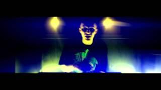 Teledysk: Vixen feat. Fabuła Mayday Mayday