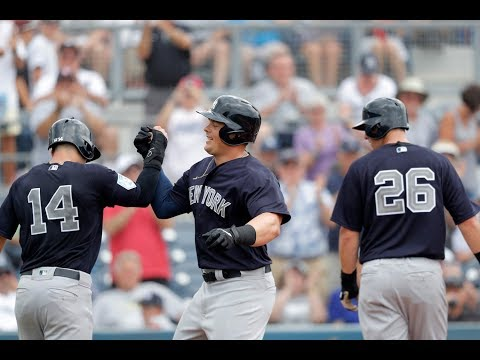 Yankees return to clubhouse after Grapefruit League win