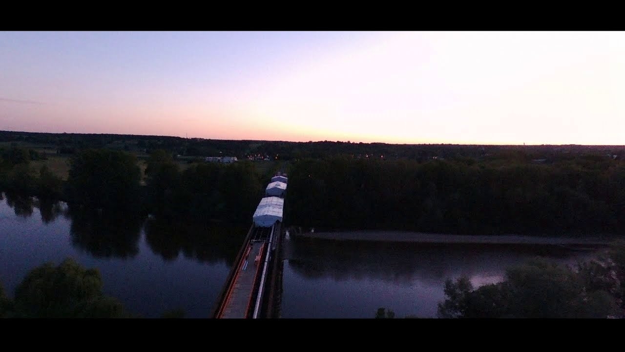 Day to Night - Moulins - PARROT BEBOP2 Edit фото