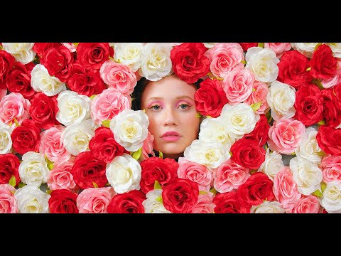 iyla - Flowers (Official Music Video)