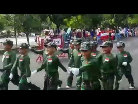 Lomba Gerak Jalan TK ISLAM DARUL HIKMAH Juara 1 ,5 April 2017
