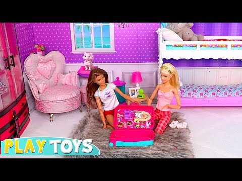 Barbie Baby Dolls Packing Travel Suitcase Toy for Carnival Trip to Venice!