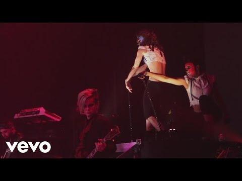 Adam Lambert - Strut (Glam Nation Live)