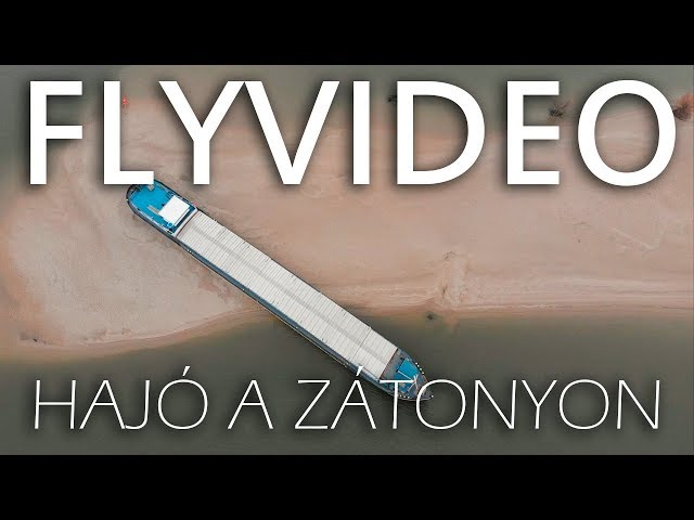 Hajó a zátonyon - Flyvideo.hu - Shipwreck