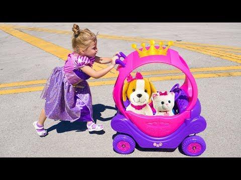 Принцесса Настя и новая карета с игрушками