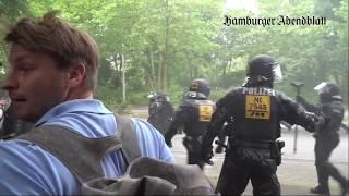 Diplomatenwagen durchbricht Demoblockade am Gorch-Fock-Wall