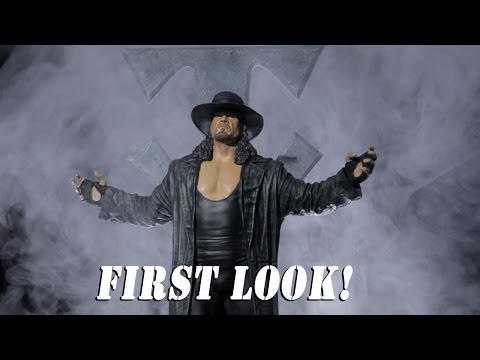 Todd McFarlane gives a sneak peak at the new Undertaker statue: WWE.com Exclusive, November 25, 2013