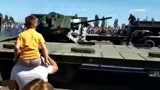 Курск Танк Т-34 перевернулся|На параде перевернулся танк|Парад посвященный 75-ти летию Курской битвы