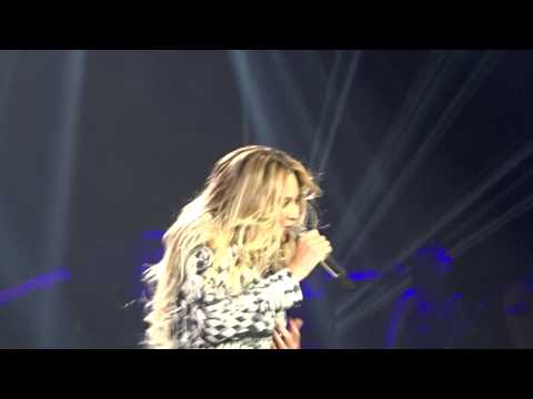 Beyoncé crying while thanking the fans + XO - Last Show Lisbon 27/03/2014