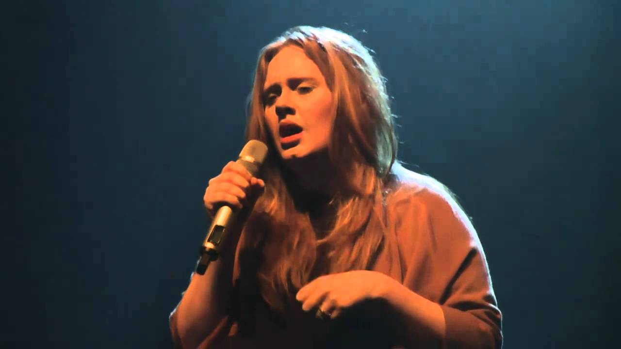 Adele turning tables live in munich youtube - Turning tables adele traduction ...