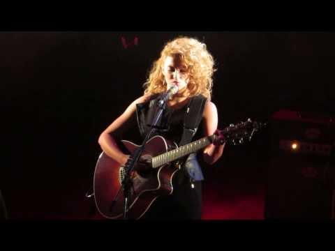 Tori Kelly - Rocket (Live) Toronto - Nov 20th 2013