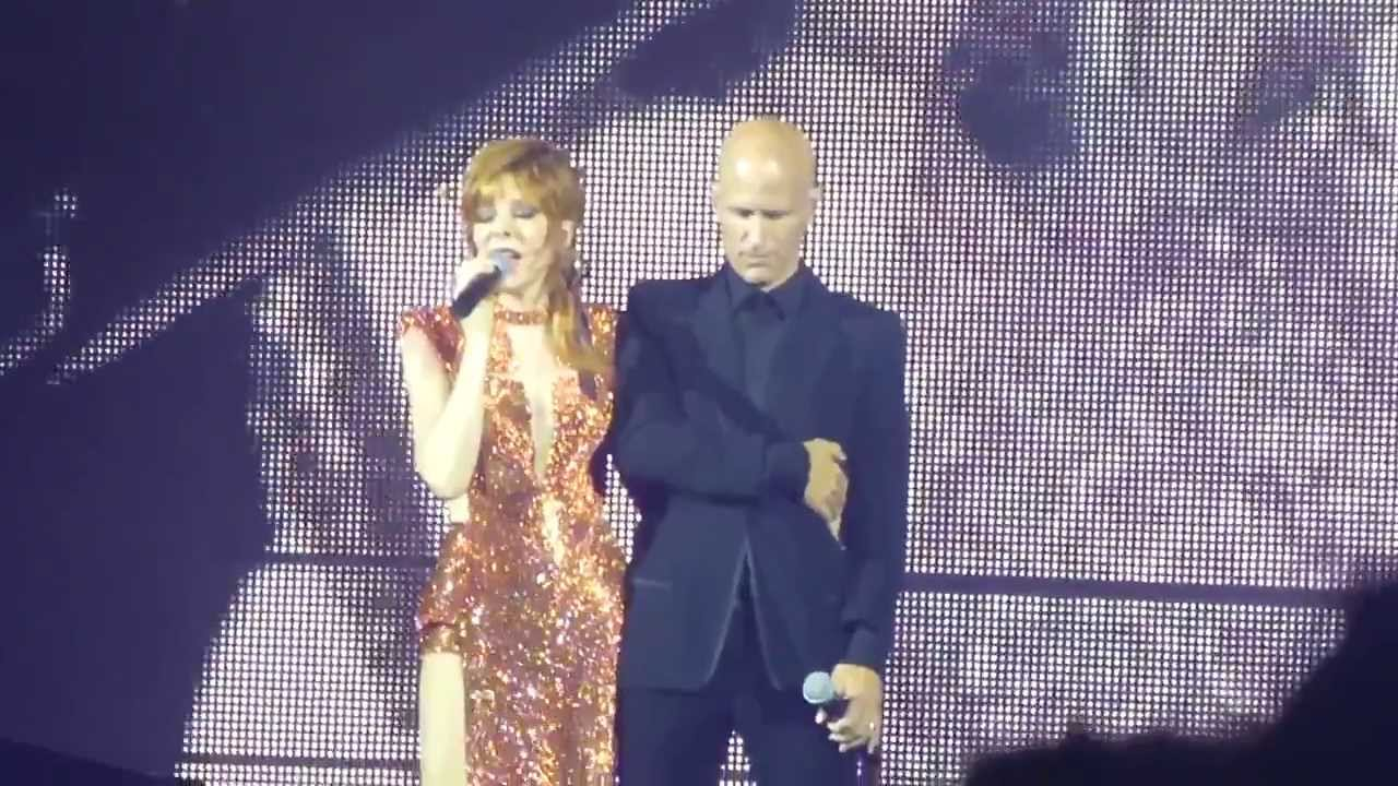 Mylène Farmer & Gary Jules  MAD WORLD Les Mots Timeless 2013 LIVE