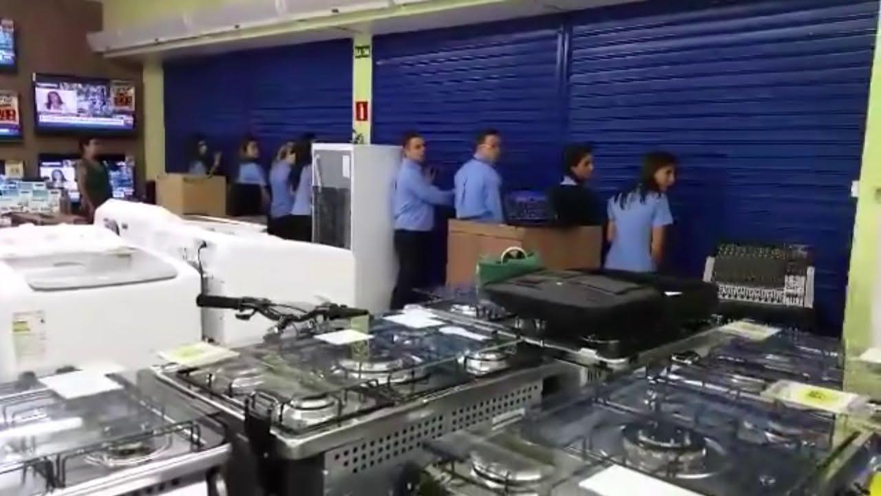 Loja tem decep o ao abrir as portas na black friday youtube - Black friday porta di roma ...