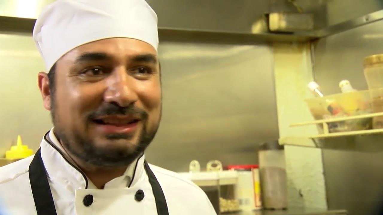 Restoran Halal nan Elegan Ini Memberi Makan Rutin Tunawisma Washington