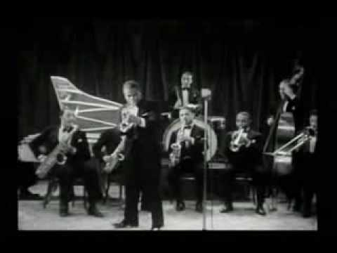 Louis Armstrong- I Cover The Waterfront