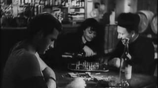 Liquore Strega dal film: Ossessione (1943) di Luchino Visconti
