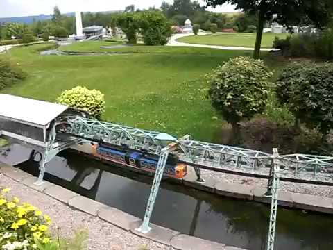 schwebebahn wuppertal modell youtube. Black Bedroom Furniture Sets. Home Design Ideas