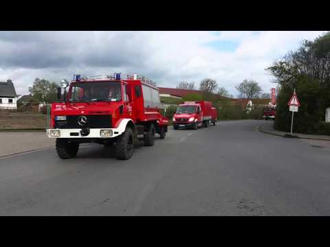 Abfahrt Regionsfeuerwehrbereitschaft am 16.04.2016 in Ronnenberg
