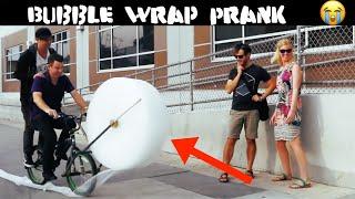 Bubbel wrap BIKE PRANK-Julien Magic