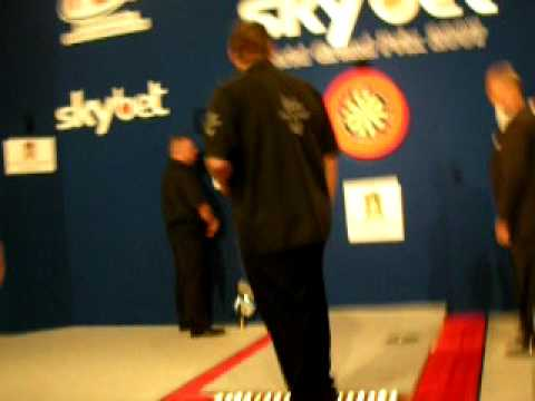 Roland Scholten and Adrian Lewis Entrance