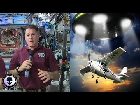 NASA Caught Off Guard! The New UFO Coverup Exposed 4/4/17