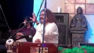 Krishna ni begane baro by Hariharan