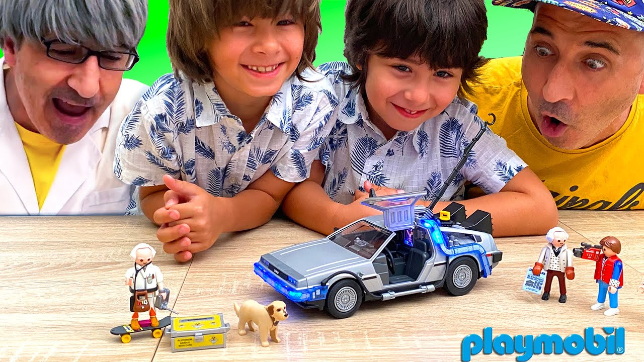 El MISTERIO de la PELI antigua y PLAYMOBIL BACK to the FUTURE con Dani y Evan