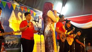 Dialova cover by Caliph Buskers ft Dato Siti