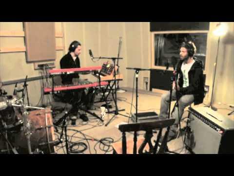 Anywhere - Matt Holt and Leo Steeds (Toy), Live .m4v