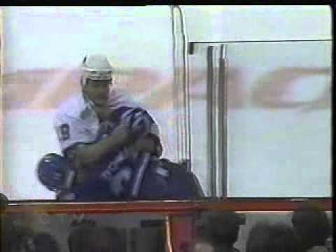 Brad May vs Tie Domi