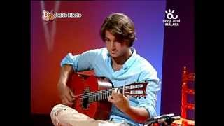 "Souren Ohanian plays ""Aires Choqueros"" (by Paco de Lucia) with Ruben Diaz in Spanish TV program  CFG"