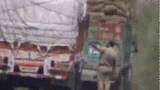 Police taking bribe from truck drivers in Rajasthan