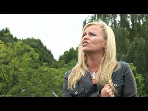 Astrid Schuurmans - Kom Dan Bij Me ( Videoclip)