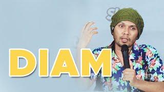 Download lagu Ustadz Hanan Attaki - Diam