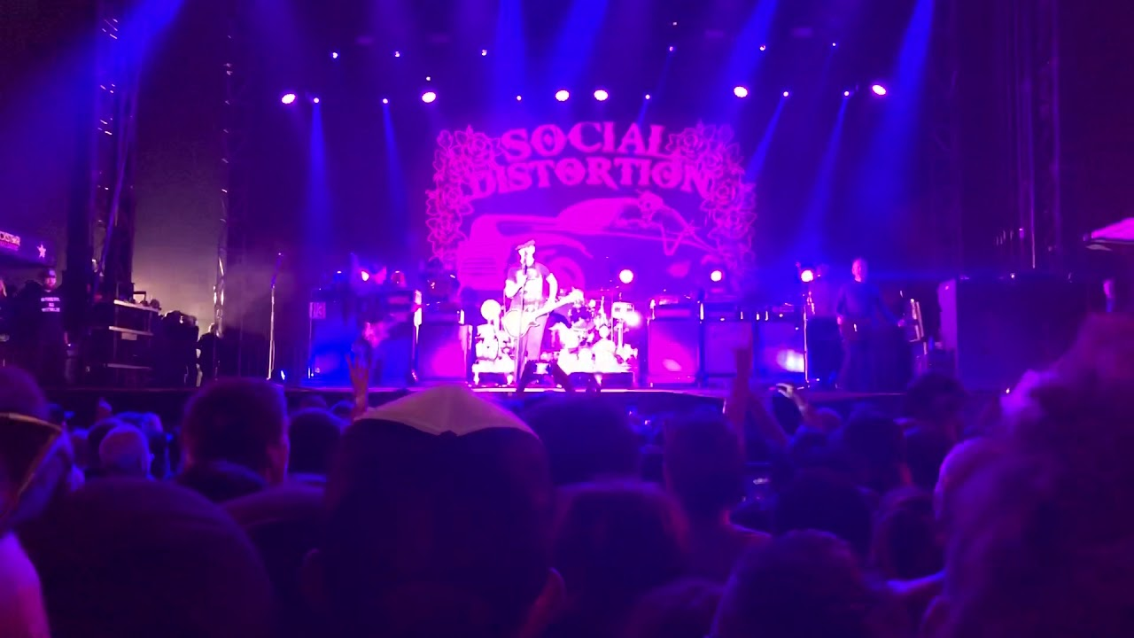Social Distortion Mommy S Little Monster Live At Surf City Blitz 2018 Huntington Beach Ca