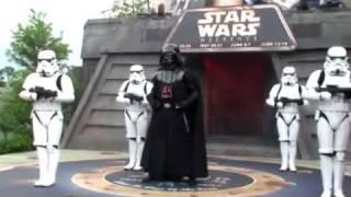 Pokaz taneczny w stylu Star Wars - Darth Vader tańczy Back Street Boys i Mc Hammera