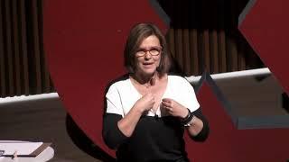 Brincar de ser humano, por  Christina Dias - TEDxUnisinos